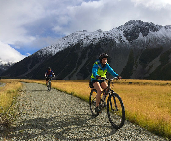 Cycling from Aoraki/Mount Cook, the beginning of the journey