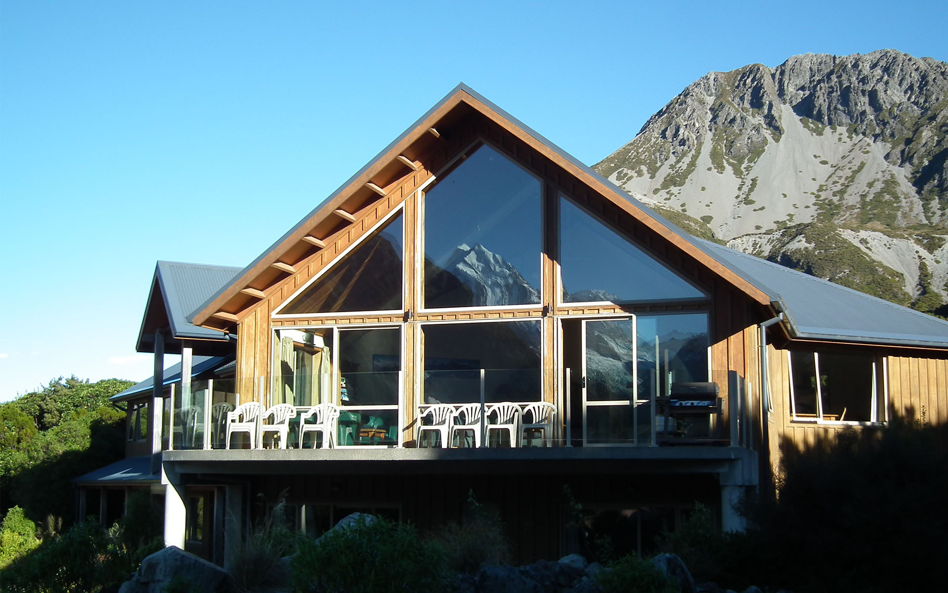 Aoraki mount cook alpine lodge mackenzie region for The alpine lodge